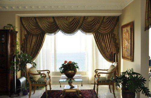 строгие шторы для гостиной